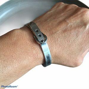 Silver metal bracelet 70's see vintage aging